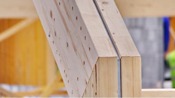 胶合木木材的强度和耐火性有多大?