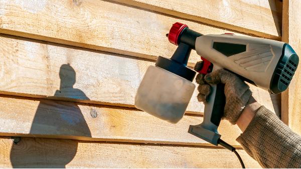 防腐木材具有良好的适用性而且使用寿命长。