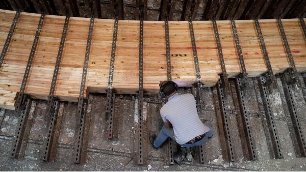 胶合木是如何制造的-新弘瑞森