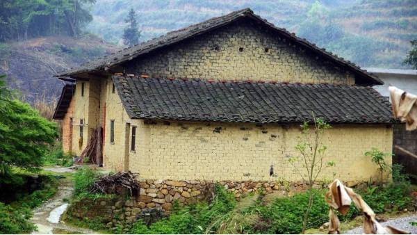 国内农村建筑美感为何逐渐降低?
