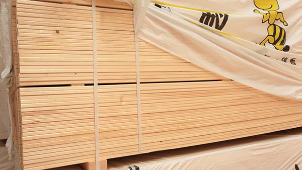 新弘瑞森浅析防腐木在施工维护中有哪些需要注意的地方